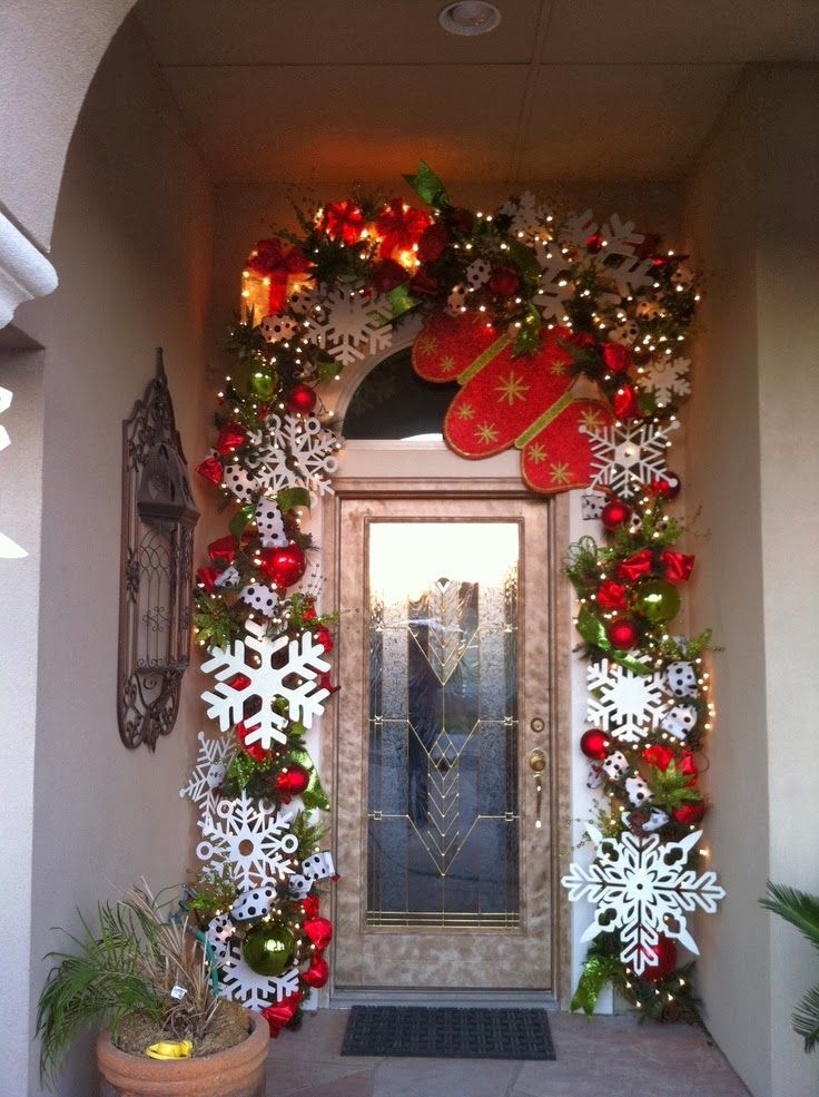 16 ideas de decoraciones navide as para puertas - Fotos decoracion navidad ...
