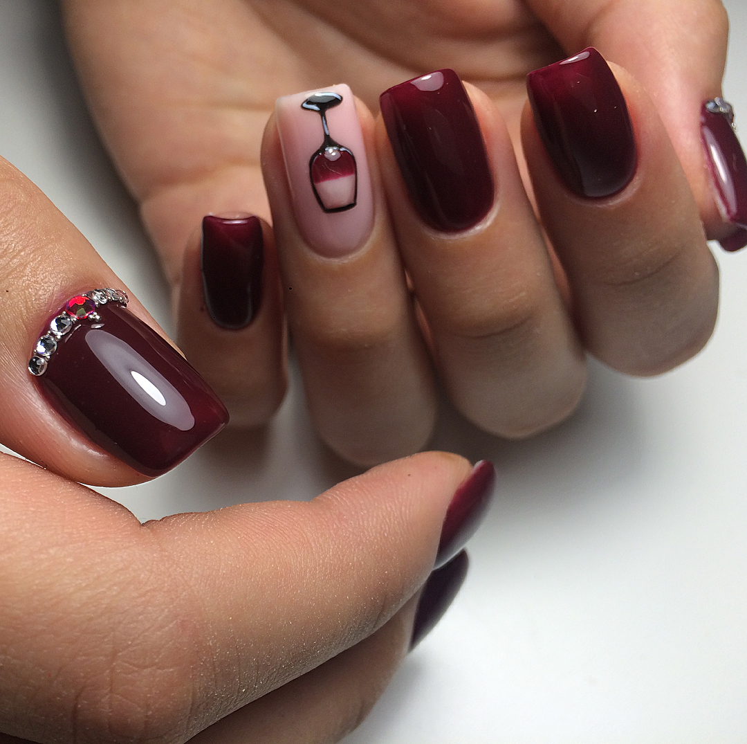 Uñas Decoradas 2019 Color Vino Tinto