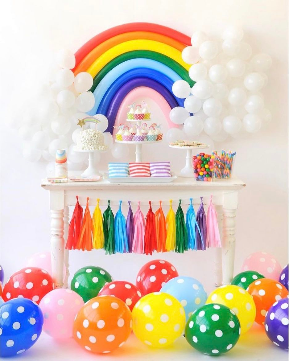 Decoraci n con globos 57 ideas increibles para fiestas y for Decoracion de salones colores