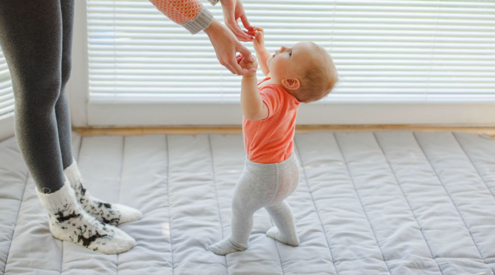 a que edad se sientan los bebes con apoyo