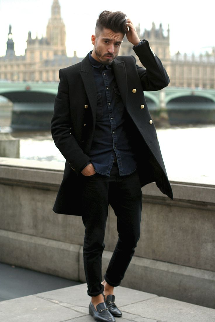 outfit negro para hombres