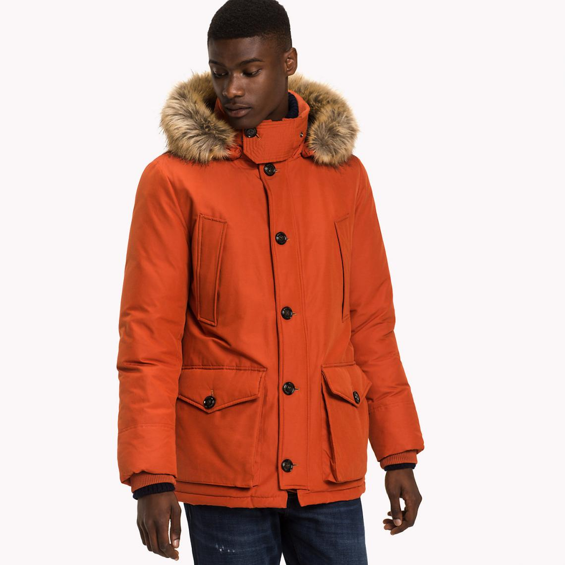 outfit de invierno para hombres
