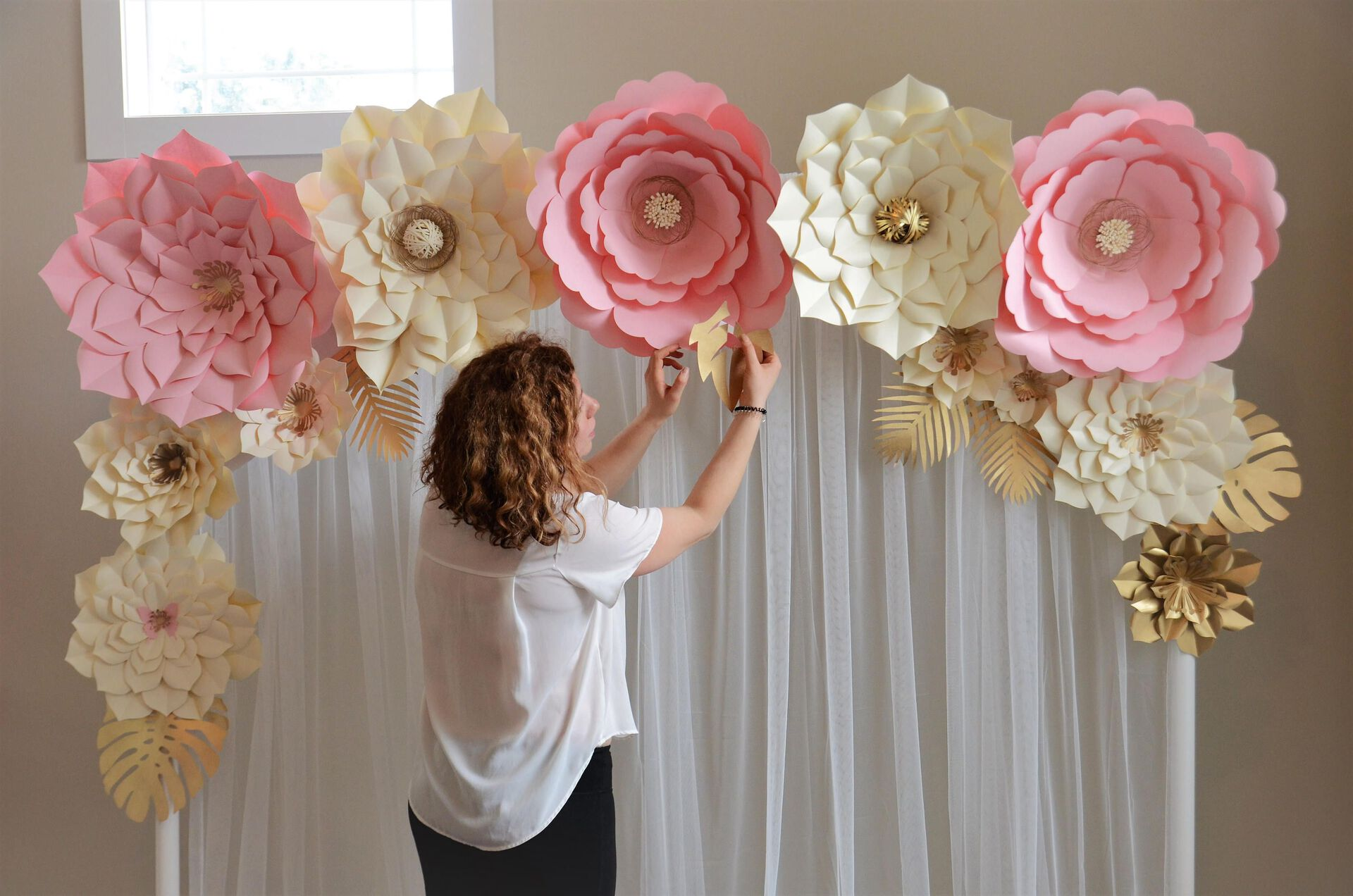 Decoración con flores papel