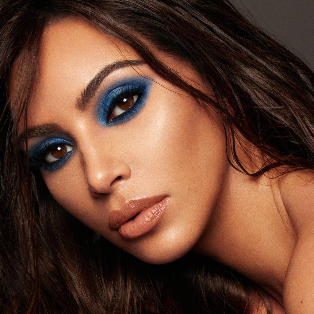 sombras de ojos para triguenas piel fria azul