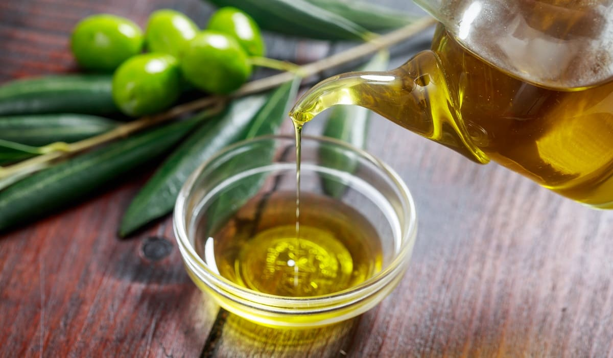 beneficios del aceite de oliva para el rostro